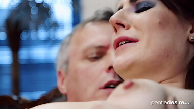 Married Samantha Bentley in therapy